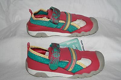 INFANT/TODDLER GIRLS REEBOK WATER SHOES - US SIZE 8