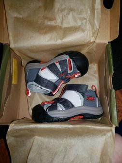 """KEEN """"Venice H2"""" Toddler  Magnet & Fiery Red Sandals~~Size 4"""